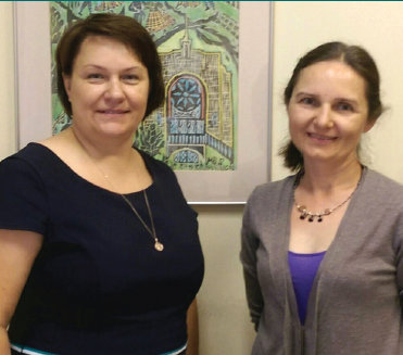 At the National Library of LIthuania, from left: Head of the Lithuanian Studies Department Jolanta Budriūnienė and The Lithuanian Museum Review Editor Karilė Vaitkutė.